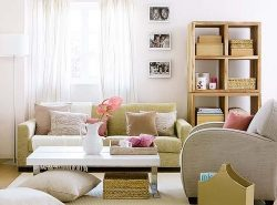 Гостиная является одной из главных комнат, поэтому следует ее оформлять качественно и обдуманно