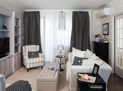 Даже небольшую гостиную можно обставить функциональной мебелью и оригинальными декорациями
