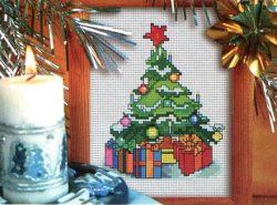 Чудесная вышивка на новогоднюю тематику, выполненная на текстильных предметах домашнего обихода, приятно  удивит гостей и порадует близких людей