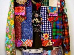 Создать стильный и современный образ можно с помощью одежды в стиле пэчворк