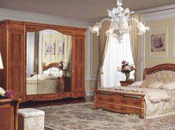 Итальянская спальня отличается особой роскошью и дороговизной