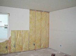 Облицовку стен гипсокартоном всегда необходимо выполнять согласно технологии и по определенным правилам