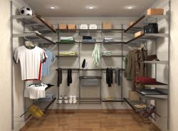 Современное планировочное решение квартиры не обходится без обустройства гардеробной комнаты