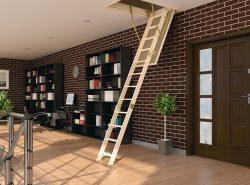 Лестница на чердачное помещение должна быть удобной и практичной
