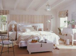 Сделать спальную комнату уютной и атмосферной поможет стиль кантри