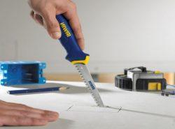 Для работы с гипсокартонным листом лучше подбирать качественные и практичные инструменты