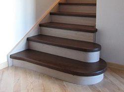 Ступени любой лестницы должны быть максимально прочными и удобными — от этого зависит не только комфорт использования, но и безопасность