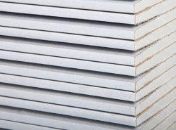 Специалисты рекомендуют использовать гипсокартонные листы, для того чтобы сделать стены ровными и гладкими