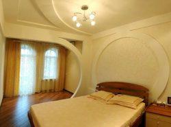 Быстро преобразить интерьер помещения можно при помощи отделки стен гипсокартоном