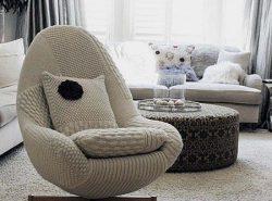 Оригинальное и комфортное кресло с легкостью украсит гостиную и сделает ее уютной