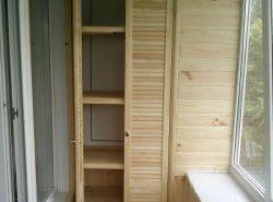 Благодаря шкафу можно улучшить эксплуатационные качества балкона