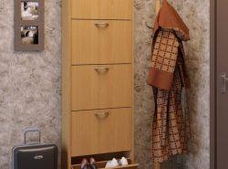 Хотя галоши уже давно остались в прошлом, галошница по-прежнему остаётся актуальным и необходимым предметом мебели