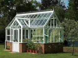 Садовые теплицы можно купить готовые или сделать самостоятельно