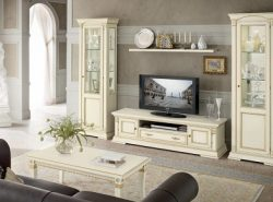 Мебель для гостиной, выполненная в классическом стиле, отличается особой роскошью и дороговизной
