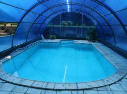 На сегодняшний день бассейн-теплица активно набирает популярность