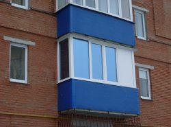 Чтобы затонировать балкон, не нужно тратить много финансовых средств