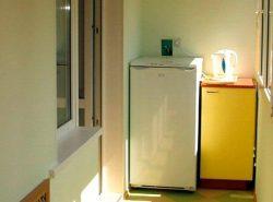 Одной из важных характеристик холодильника является климатический класс, который показывает, при какой температуре окружающей среды гарантируется нормальная работа агрегата