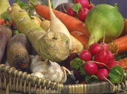 Многие опытные дачники прекрасно разбираются в совместимости овощей и при посадке пользуются этими знаниями, чтобы добиться обильного урожая