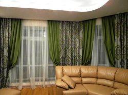 Красивые портьеры с легкостью украсят гостевую комнату и стильно дополнят интерьер