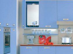 Спрятать газовый котел на кухне можно, однако доступ к нему должен быть постоянно