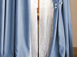 Льняные шторы становятся популярными благодаря экологичности и практичности материала