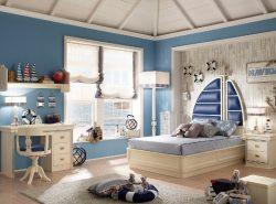 Используя красивые и необычные шторы, можно сказочно украсить интерьер детской комнаты