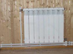 Установка радиаторов отопления включает несколько последовательных этапов