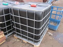 Септик из еврокубов считается самым простым и удобным устройством на дачном участке или в загородном доме